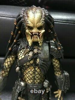 1/6 Hot Toys Alien vs. Predator MMS250 Ancient Predator Action Figure 14 inch