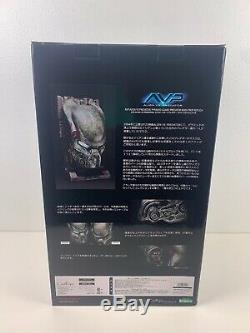 11 Coolprops Alien Vs Predator AVP PYRAMID GUARD Predator Mask Helmet Statue