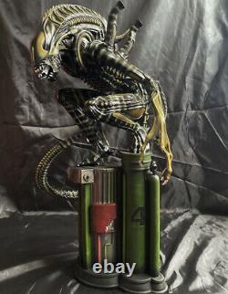 14 Scale Alien Warrior Resin Statue Model Squatting Figure Collections 22 H
