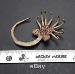 16 Alien Predator Prometheus Star Beast Facehugger Larva Toys for 12 Figure