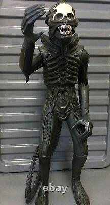 1979 ALIEN 18 Inch & Shooting Out Jaw -The 1st Toy To Get BANNED made by KENNER