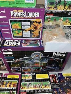 1990s Kenner Aliens and Predator MOC MIP Action Figure Lot READ DESCRIPTION
