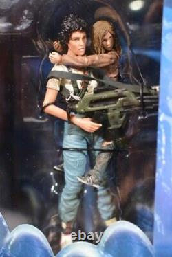 2016 Neca ALIENS RESCUING NEWT DELUXE SET NEW Ripley With FREE SHIPPING