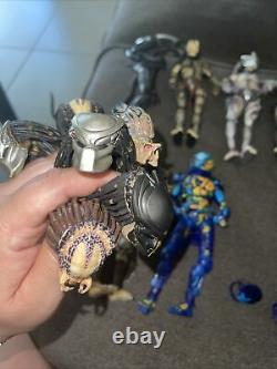8 Piece Neca Alien & Predator Figure Lot W 6 Extra Heads