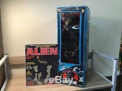 ALIEN Movie 18 Figure with Poster, Original Box, Cardboard Insert- Kenner 1979