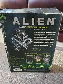 ALIEN SPECIAL EDITION Mini Bust (ALIEN QUEEN)