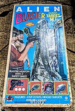Alien 1979 Blaster Giant Target Set Kenner Toys Rare Only Missing 2 Balls