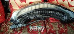 Alien Dog Head Statue 11 Life-Size 36''L Prop Resin Painted In Stock Custom GK