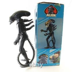 Alien Poseable 18 Xenomorph Vintage Action Figure with Box, Poster Kenner 1979 2