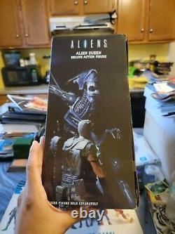 Alien Queen Deluxe Action Figure NECA Reel Toys 2014