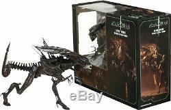 Alien Resurrection QUEEN 7 Scale Ultra Deluxe Boxed 15 Action Figure NECA