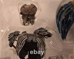 Alien Vs Predator AVP Elder Hot Toys 1/6 Action Figure NIB