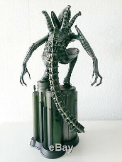 Alien Warrior 1/4 Resin Statue 56cm