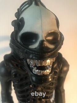 Alien Xenomorph 1979 Kenner 18 Vintage Jumbo Action Figure No Dome