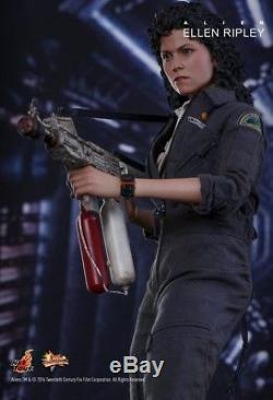 Alien hot toys Ripley 16