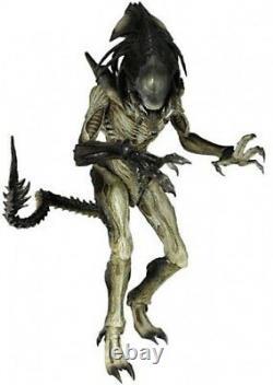 Alien vs Predator Requiem Movie Masterpiece Predalien Collectible Figure
