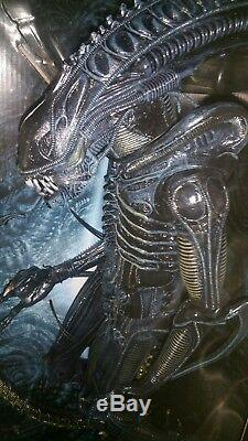 Aliens 1/4 scale xenomorph Warrior toy action figure fully articulate