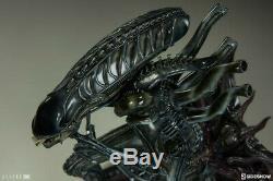 Aliens Alien Warrior 17 Statue