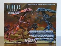 Aliens Genocide Red Queen Mother 15 Deluxe Action Figure by NECA
