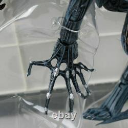 Aliens NECA Ultra Deluxe Boxed Action Figure Xenomorph Alien Queen