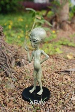 BAD ALIEN PAUL Comedy Movie Figure Nude Middle Finger 22cm Figurine Head Play
