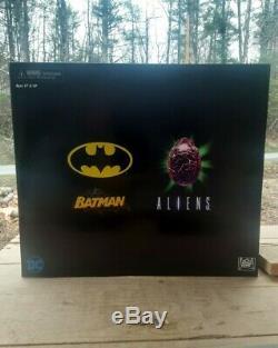 BRAND NEW DC Batman VS Joker Aliens NYCC 2019 Exclusive NECA Action Figure Set