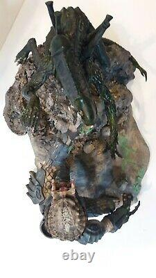 Billiken Shokai 1/6 Alien Vs Predator Painted Model Diorama Rare like Statue AVP