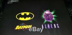DC Batman VS Aliens Exclusive NECA Action Figure Set IN HAND
