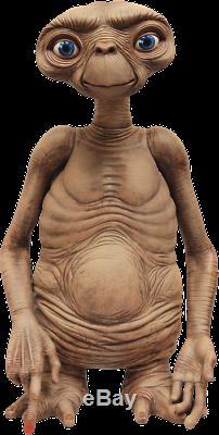 E. T. The Extra-Terrestrial Stunt Puppet Replica-NEC55062