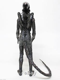 HOT TOYS ALIEN BIG CHAP (MMS106) 1/6 action figure new unopened usa