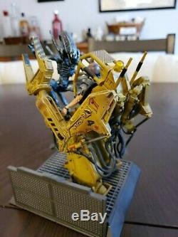 HUGE Lot of RARE Alien Action Figure- McFarlane Kenner Hasbro Alien vs Predator