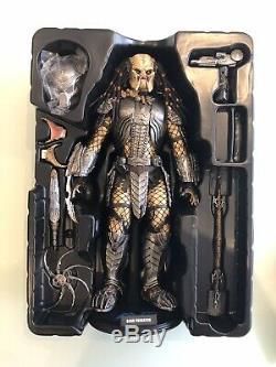 Hot Toys 1/6 Alien vs Predator AVP Scar Predator 2.0 MMS190
