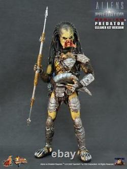 Hot Toys 1/6 Alien vs Predator AVP Wolf Predator Cleaner Kit Version MMS66 Japan
