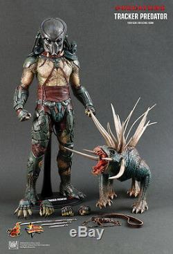 Hot Toys 1/6 Predators Mms147 Tracker Predator With Hound Action Figure