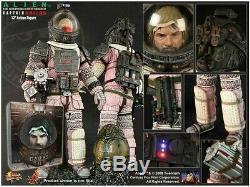 Hot Toys Alien Captain Dallas 1/6 Movie Masterpiece MMS63 not Predator Sideshow