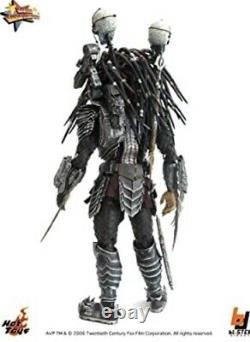 Hot Toys Alien vs. Predator Chopper Predator 1/6th scale Action Figure