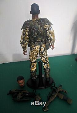 Hot Toys Aliens Sergeant Al Apone USCM Marine 1/6 Figure MMS04 Custom