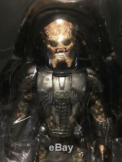 Hot Toys MMS 190 Alien vs. Predator Predators 2 AVP Scar Predator 2.0 NEW