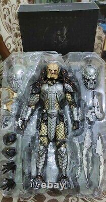 Hot Toys MMS 221 Celtic Predator ver 2.0 Alien vs predator Action Figure