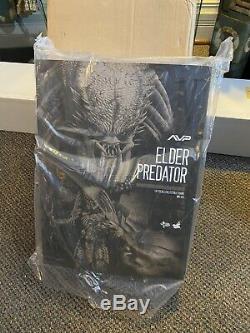 Hot Toys MMS 325 Alien VS. Predator AVP Elder Predator 14 inch 1/6 Figure