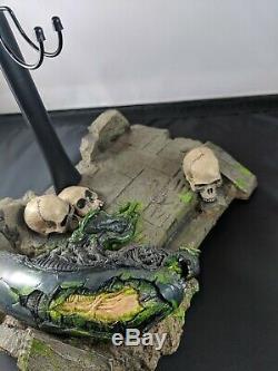 Hot Toys MMS250 Alien vs. Predator ANCIENT PREDATOR Figure 1/6 DIORAMA BASE