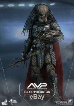 Hot Toys MMS325 AVP Alien VS Predator-Elder Predator 2.0 Collectible 1/6 Figure