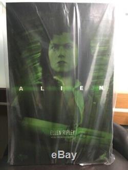 Hot Toys MMS366 Alien Aliens Ellen Ripley Sigourney Weaver 1/6 scale NEW