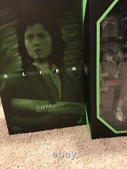 Hot Toys MMS366 Alien Ellen Ripley Action Figure Brand New Sealed RARE Look