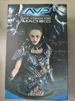 Hot Toys Machiko She Predator AVP MMS74 Collectible Action Figure 1/6 Alien