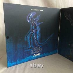 Hot toys Mobie Masterpiece AVP Alien vs Predator Alien Warrior