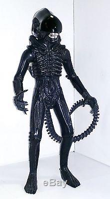 KENNER Vintage 18 ALIEN 1979 Very Nice Condition RARE