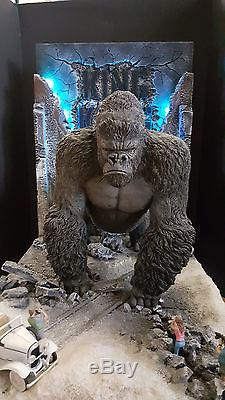 King-kong Statue Maque... Adrien Brody Predator