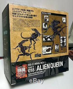 Kaiyodo Revoltech SCI-FI 018 Alien Queen Action Figure