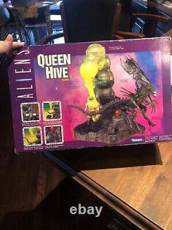 Kenner 1994 ALIENS Movie Deluxe QUEEN HIVE Slime Playset New in Box. Box Damage